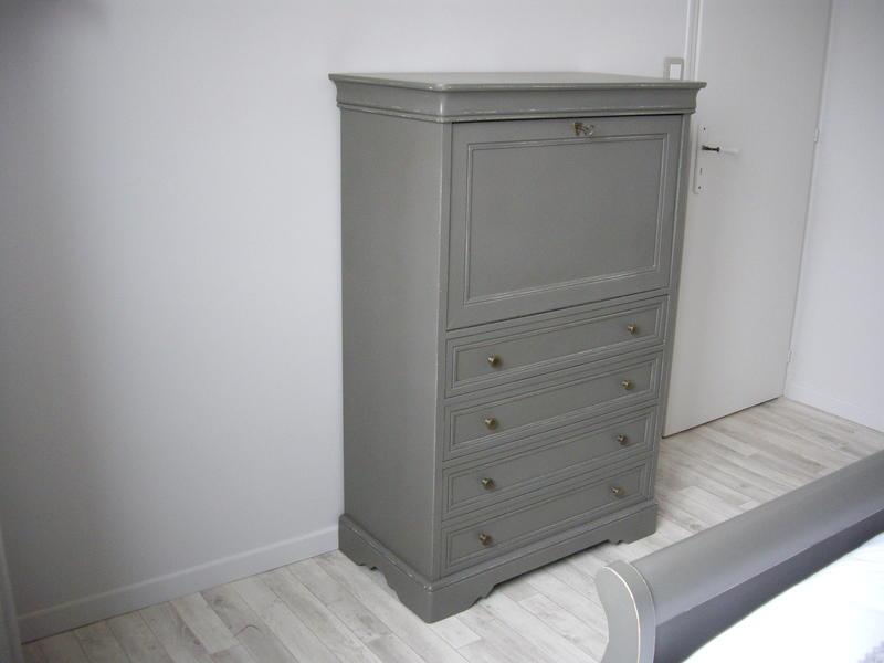 Peinture a effet pour meuble cheap raliser une patine for Donner un effet vieilli a un meuble